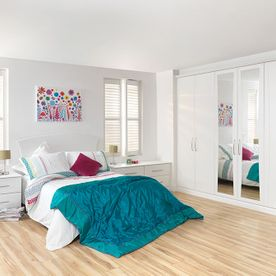 Eclipse White Text bedroom